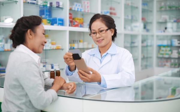Tìm hiểu về công việc và mức lương của Dược sĩ